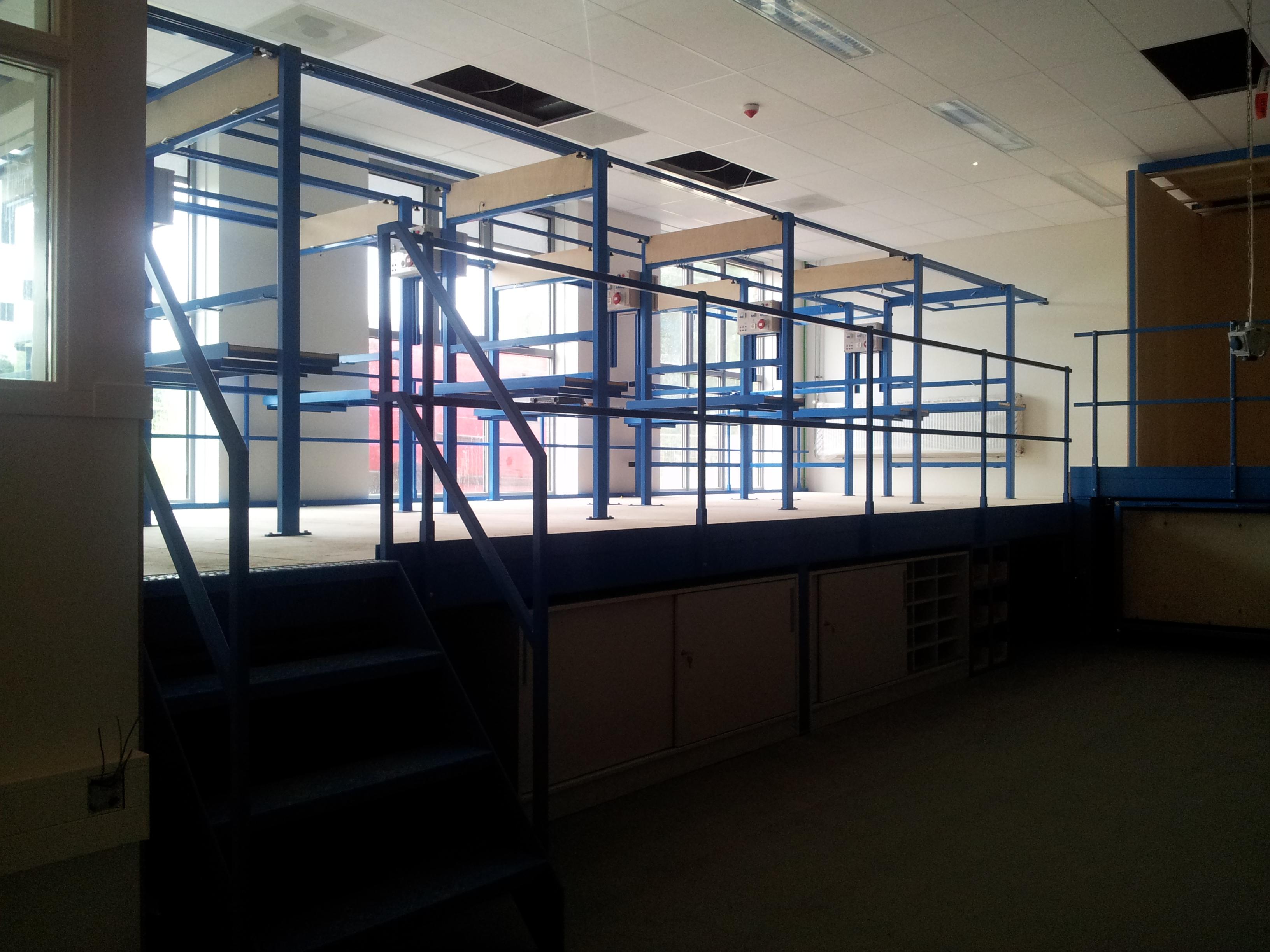 Mondial College 05